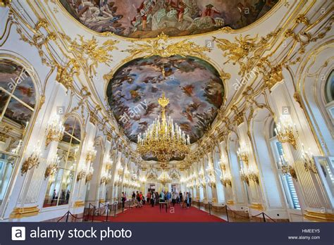 Great Gallery of Schonbrunn Palace, Vienna Stock Photo - Alamy